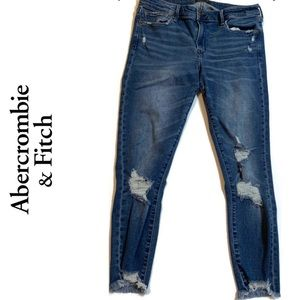 Abercrombie & Fitch Harbor Low Rise Ankle Jeans.